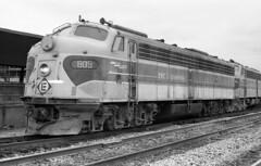 Erie Lackawanna EMD E-8 809 (old_skool_metal_head) Tags: railroad robert diesel tx © locomotive e8 emd diesellocomotive erielackawanna mansfieldohio kodaktrixpan escue trix5063 emde8