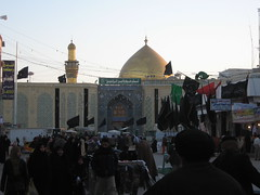 imam ali_najaf_iraq (70hassan07) Tags: grave gold shrine islam iraq ali shia mousqe 2009 imam       shiet            najjaf