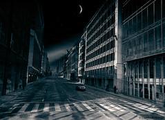 Bruselas/ Bruxelles / Bruges (Claudio.Ar) Tags: auto street city people moon car night noche calle europa europe gente belgium sony bruxelles ciudad best luna chapeau bruselas topf100 legacy belgica nocturne dsc bestofthebest nocturno tlc h9 bellisima bss blueribbonwinner firstquality cruzadas justonelook laclassenonèacqua bej abigfave innamoramento wmpa worldbest platinumphoto anawesomeshot visiongroup citrit ysplix newacademy goldsealofquality platinumphotography betterthangood theperfectphotographer goldstaraward dragongoldaward world100f flickrbestpics goldcruzadas photoexel obq vision100 claudioar claudiomufarrege goldenart reflectyourworld phvalue dragondaggeraward artofimages novavitanewlife miasbest musicbest worldsartgallery daarklands sailsevenseas trolledproud newgoldenseal thepyramidgroup