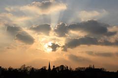 Sonnenuntergang vor der Silhouette Bonns (Jörgenshaus) Tags: sunset silhouette clouds germany deutschland bonn sonnenuntergang cloudy wolken rhine rhein rheinland challengeyouwinner pfogold friendlychallenges beautifulworldchallenges thechallengefactory