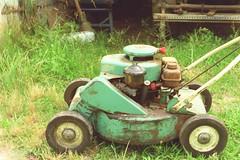 Reo lawn mower, side (chrysler383) Tags: 1950s mower reo