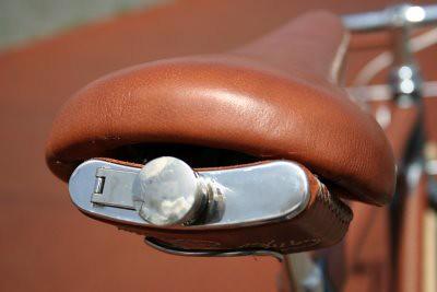 porteurs bike flask.JPG