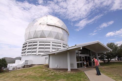Hobby-Eberly Telescope (HET)