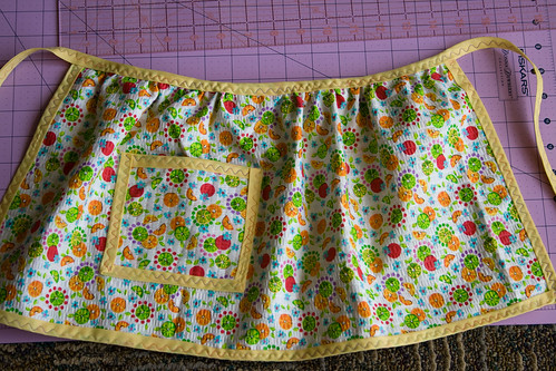 child's play apron