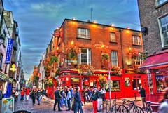 Temple Bar - Dublin (mariocutroneo) Tags: uk trip travel ireland vacation dublin holiday bar night temple pub august agosto viaggi 2009 hdr vacanze dublino irlanda