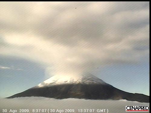 2009-08-30 -- Popocatépetl Steam and Clouds