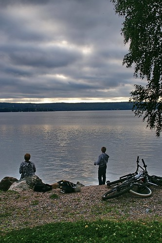 "Lahti: Sunset at Vesijarvi lake • <a style=""font-size:0.8em;"" href=""http://www.flickr.com/photos/26679841@N00/3894674854/"" target=""_blank"">View on Flickr</a>"
