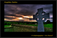 Forgotten Realms (Irishphotographer) Tags: sunset cemetry cross gravestone celtic peacefull kinkade forgottenrealms granard beautifulireland irishphotographer colongford imagesofireland kimshatwell breathtakingphotosofnature beautifulirelandcalander wwwdoublevisionimageswebscom