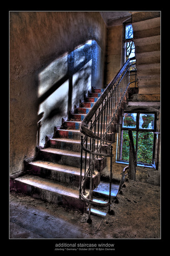 additional staircase window (hdr)
