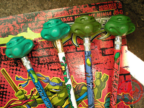 "Ralston ""Teenage Mutant Ninja Turtles"" Cereal - '$100,000 in COLLEGE SCHOLARSHIPS!' // TMNT CHARACTER ERASERS ii (( 1991 ))"