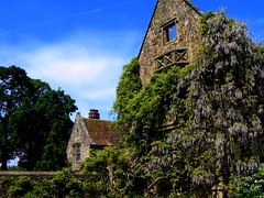 The National Trust Garden at Nymans, East Sussex (UGArdener) Tags: england english garden sussex spring haywardsheath unitedkingdom britain stonework nationaltrust doves springtime englishgardens nymans latemay dovecotes englishtravel