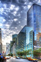 Park Avenue (Tony Shi Photos) Tags: metlifebuilding midtownmanhattan  newyorkcitynyc  nikond700    thnhphnewyork   parkaveavenue skyscraperbuildingconcretejungle hdrtonyshi
