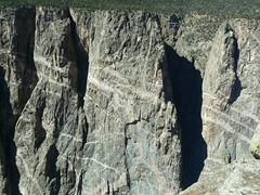 USA - Colorado - Black Canyon of the Gunnison National Park (photo) (uempe (only sporadically here)) Tags: usa nature rock digital america landscape photo nationalpark colorado foto natur 2006 canyon panasonic fels amerika landschaft blackcanyonofthegunnison felsen blackcanyonofthegunnisonnationalpark panasoniclumixdmcfz7