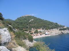 Beli (andrea.prave) Tags: sea mer island mar meer barca mare natura veduta  deniz croazia scorcio hav isola krk sj beli cres     sj pravettoni cespiglio andreapravettoni