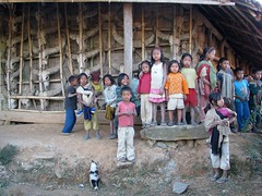 The welcoming committee (Linda DV) Tags: people india cute home barn canon children geotagged kid child young culture clothes kind mon criana tribe ethnic minority 2008 enfant nio sevensisters tribo stam naga nagaland ethnology dziecko tribu bambino stamm    lapsi  copil dijete trib  dt trib 7sisters  heimo northeastindia  stamme  pokolenia konyak powershots5is minorit  minderheid  lindadevolder  shianghachingnyu chingnyu plemena pokolen