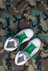 element omahigh (kikfoto) Tags: white camo clean element boxfresh laced skateshoe greenlaces omahigh