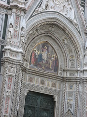 """Door to the duomo • <a style=""""font-size:0.8em;"""" href=""""https://www.flickr.com/photos/36178200@N05/3387543739/"""" target=""""_blank"""">View on Flickr</a>"""