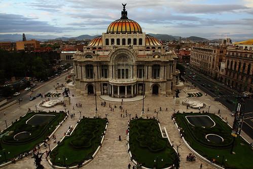 Palacio de Bellas Artes / Fine Arts Palace