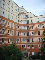 Kings Colege London - Stamford Street Apartments (ajburgess) Tags: street red brick london college yellow campus student apartment courtyard waterloo kings stamford kingscollegelondon stamfordstreetapartments