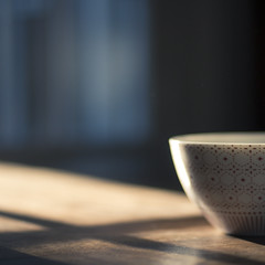 6:11 am (leslie*thomson) Tags: window bowl nikkor50mmf14 earlymorninglight nikond90
