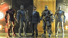 Stark's Iron Men (PowerPee) Tags: toys philippines ironman marvel collectibles tonystark sdcc mark1 mark2 mark3 theotherside hottoys gunmetalgrayexclusive