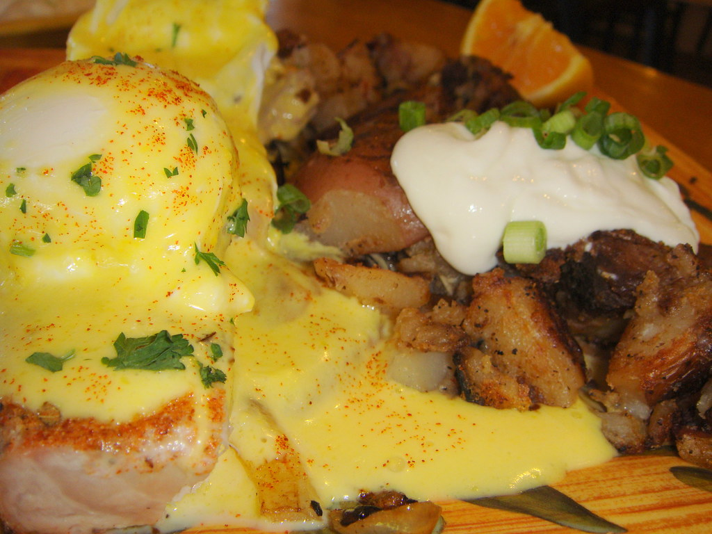 Ahi Tuna Benedict - close up