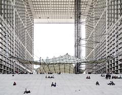 La Grande Arche de La Défense (yushimoto_02 [christian]) Tags: paris france architecture arquitectura ladefense symmetry architect architektur mariposa defense hdr ladéfense défense grandearche architectura lagrandearche arche architectur symmetrie infinestyle stringentsymmetry