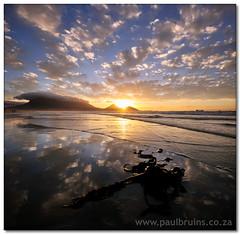 Table Mountain Sunset (Re-re-re-redux) (Panorama Paul) Tags: sunset reflections kelp soe tablemountain novideo supershot nohdr milnertonbeach shieldofexcellence platinumphoto nikfilters vertorama nikond300 wwwpaulbruinscoza obramaestra