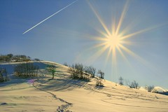 Tracce (gigi 62) Tags: winter sky italy sun snow canon landscape lago italia cielo neve monte sole inverno marche paesaggio italians macerata fiatlux montelago wonderworld supershot bej fineartphotos 400d sefro pioraco aplusphoto mycameraneverlies naturewatcher wonderfulworldmix excapture theperfectphotographer goldenmix goldstaraward flickrestrellas fdream funfanphotos spiritofphotography ourmasterpieces discoveryphotos rubyphotographer qualitypixels llovemypics naturescreations