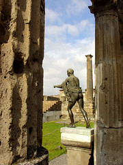 Pompéia (alessandrogiraldi) Tags: italy sculpture italia pompeia escultura civilization