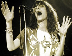 Patti Smith in concert at Winterland, San Francisco, May 13, 1978 (p0ps Harlow) Tags: sanfrancisco rock concert live stage singer punkrock pattismith winterland p0ps