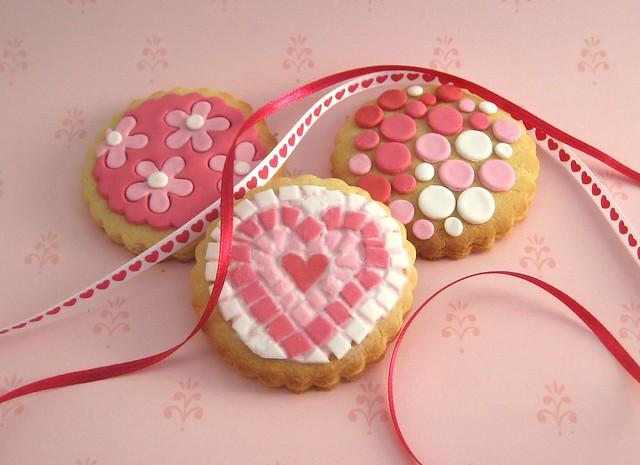 Valentines mosaic cookies