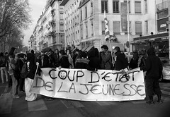 Action d'occupation de la gare de Perrache 1/5, Lyon France (mafate69) Tags: france youth demo europe lyon gare eu police rhne demonstration perrache manif manifestation ue crs occupation jeune darcos manifestant lycen mafate69 occupationgare