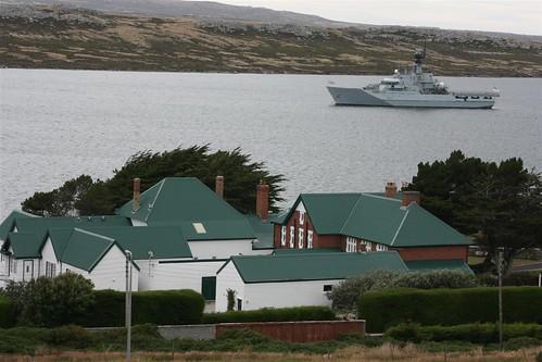 Inglaterra extendió el contrato para mantener su buque de guerra en Malvinas 3348291611_48c862f7da