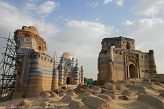 Uch Sharif, The land of saints (Aliraza Khatri) Tags: old travel pakistan history architecture magazine sharif town ruins muslim saints places bin glaze national tiles historical alexander punjab bibi hindu samarkand shrines 325 remains tombs geographic halim bce noria uch multan qasim ustad 15century 14century bahawalpur uchsharif aplusphoto bahawal jiwandi samarkend