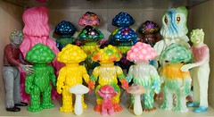 M1 Matango collection 260309 (fun9us) Tags: bear pink people man men green mushroom monster glitter giant hawaii smog model heaven m1 painted attack large full collection glowinthedark fungus hawaiian terror transforming custom gid marmit unpainted hedorah bearmodel matango