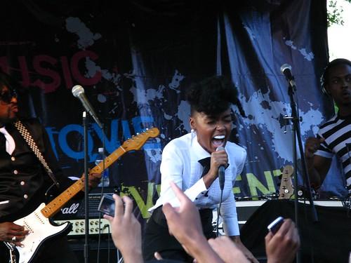Janelle Monae performs @ AfroPunk 2009 - 9