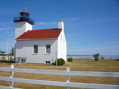 escanaba lighthouse