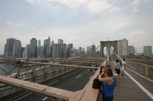 Cycling across the Brooklyn Bridge, New York...