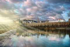 I See Light (Ben Heine) Tags: old city pink blue light sea urban sun lake france reflection art tourism water rose night clouds composition digital print freedom 1 evening vacances soleil mix highresolution brittany holidays poem colours nikond70 fort lumire turquoise peaceful bretagne visit calm reflet elements harmony empire poet drug ecstasy quite sunrays nuages soir protection normandy depth ville saintmalo flicker muraille volume blend ancien discover remparts urbain waterscape mattepainting profondeur feelinggood petersquinn rayonsdusoleil benheine theunforgettablepictures hubertlebizay flickrunitedaward infotheartisterycom iseelight