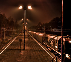 railway HDR (titter85) Tags: station night train canon lights 21 poland polska railway explore pro 2008 hdr noc tychy 3xp pocig photomatix titter dworzec 400d titter85 c1785isusm