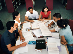 Etudiants  la bibliothque (CampusFrance) Tags: soir amis livres bibliotheque cours etudiants soutien devoirs