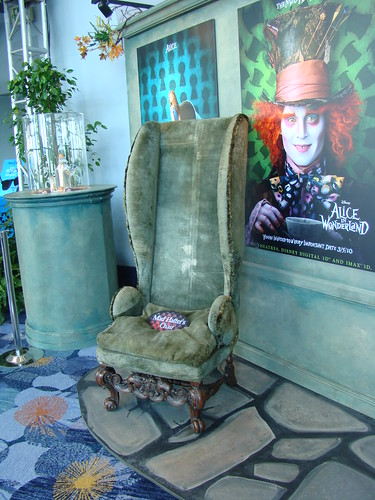 D23 Expo Mad Hatteru0027s Chair  sc 1 st  Flickriver & D23 Expo: Mad Hatteru0027s Chair - a photo on Flickriver
