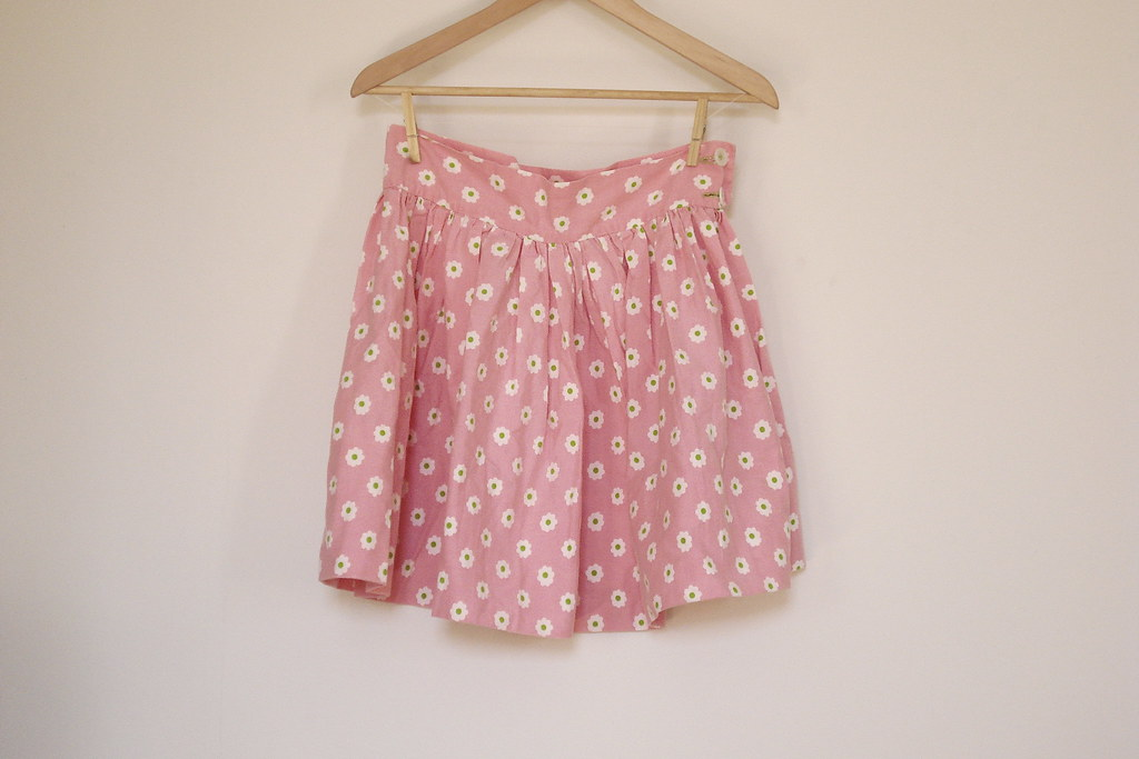 vintage floral full mini skirt