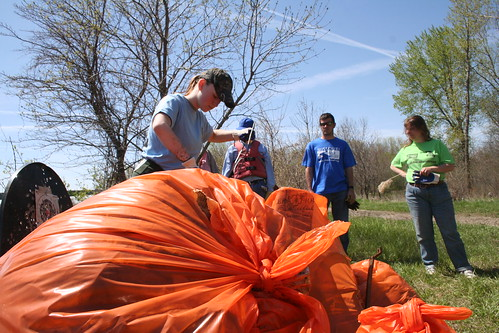 Siouxland Missouri River Clean-up 5-7-11