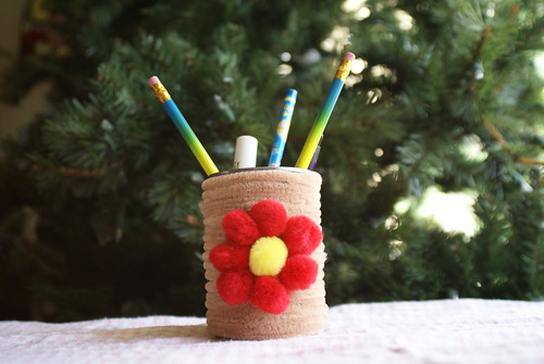 chenille pen holder