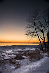 Setting on Lake Erie, Ontario (Insight Imaging: John A Ryan Photography) Tags: winter sunset toronto ontario lakeerie aficionados pentaxk10d justpentax wwwinsightimagingca johnaryanphotography