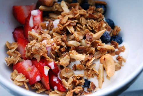 YOGURT BREAKFAST