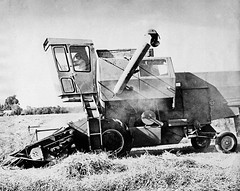Summers (Barb Henry) Tags: oregon work labor farming combine 1970 johndeere ryegrassoregon