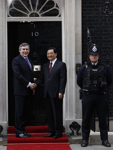 Chinese President Hu Jianto and Gordon Brown